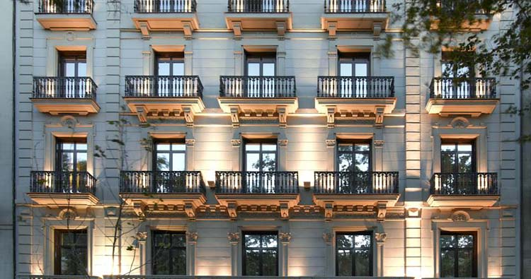 Alojamientos en barcelona paseo de gracia for Alojamiento en barcelona espana