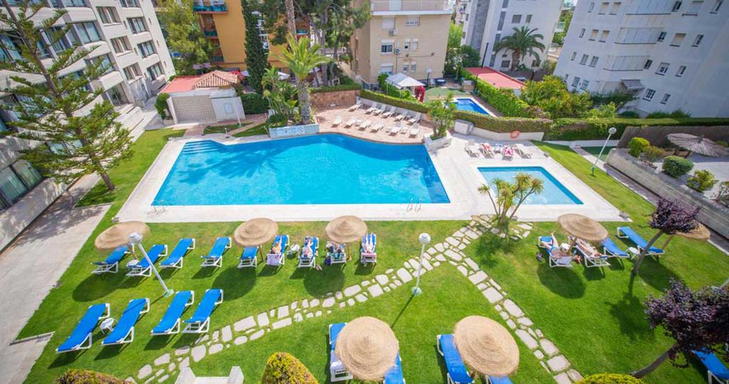 Hotel Atenea Park - Suites Apartments